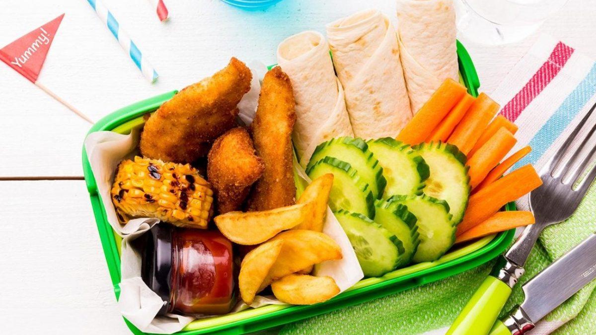 رستورانها برای جلب نظر مشتریان منوی غذایی کودکان را مورد توجه قرار می دهند