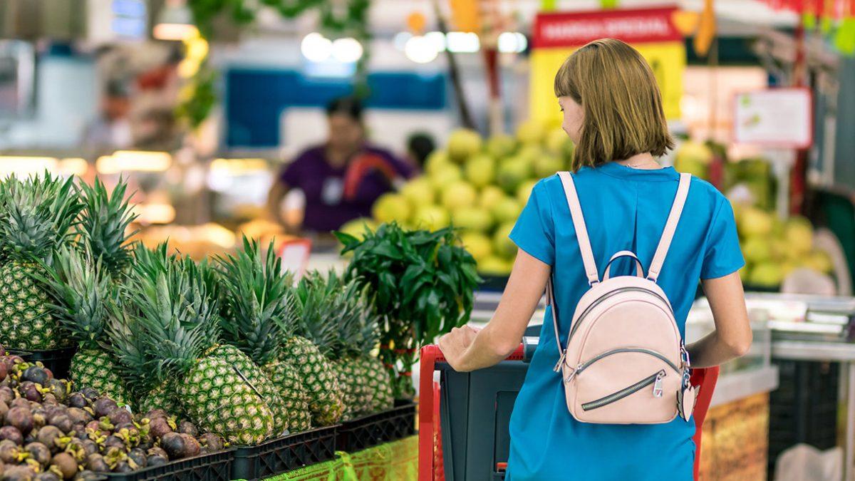 انگلیسیها قصد دارند با تغییر شیوه خرید مواد غذایی در ایام کریسمس فشار وارده بر محیط زیست را کاهش دهند
