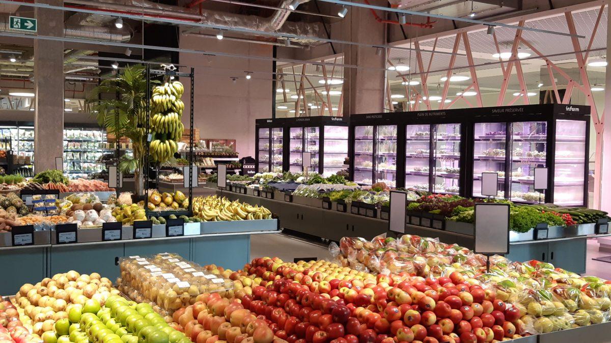 مزارع عمودی در سال ۲۰۲۰ تبدیل به قسمت های اصلی فروشگاه مواد غذایی و کابینت های آشپزخانه خواهند شد