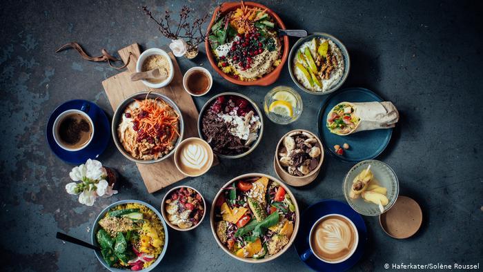 پنج ماده غذایی که نباید با شکم خالی خورد