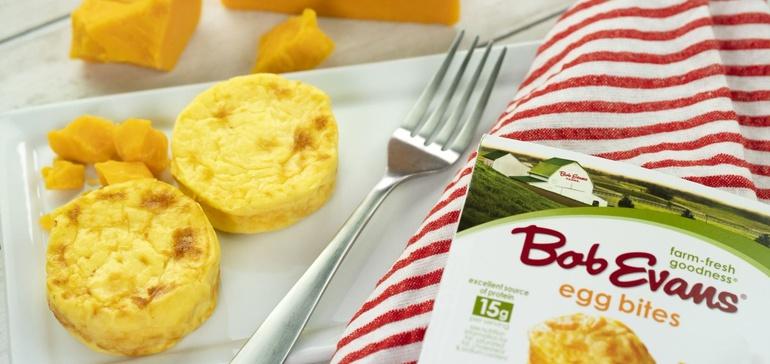 رستوران زنجیره ای Bob Evans Farms  تخم مرغ طبخ شده آماده را بصورت بسته بندی عرضه   می نماید